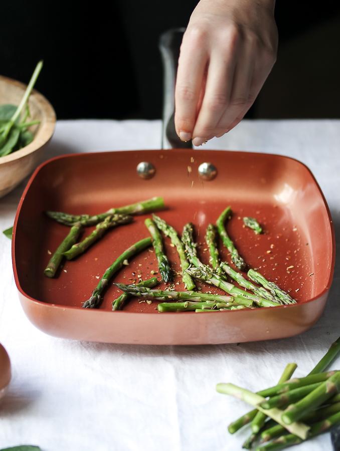 Asparagus Mozzarella Amp Roasted Red Pepper Omelette
