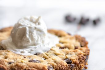Chocolate Chip Cookie for Two ✌ {Low Carb & Keto}